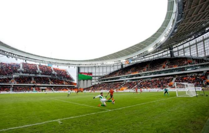 Russia's inside-out World Cup arena 'doesn't sway in wind'