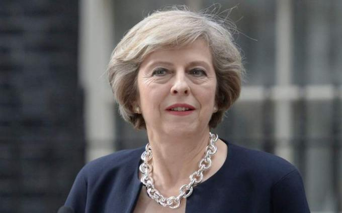 British PM apologises to Caribbean leaders over deportation row