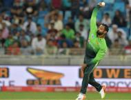 Pakistan's Hafeez cleared to bowl after remodelling action