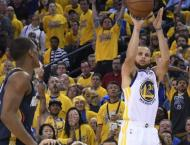 Stephen Curry leads Warriors romp past Pelicans