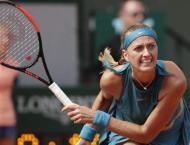 Azarenka's French Open return ended by Siniakova