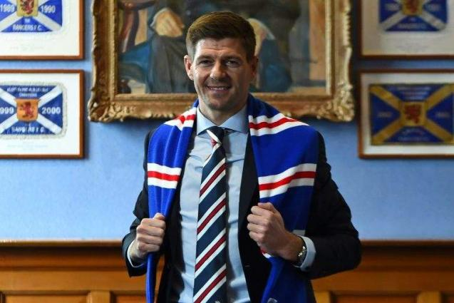 Gerrard confirms 'positive' talks with Rangers