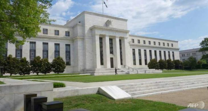 Fed minutes: Gradual rate hikes on track