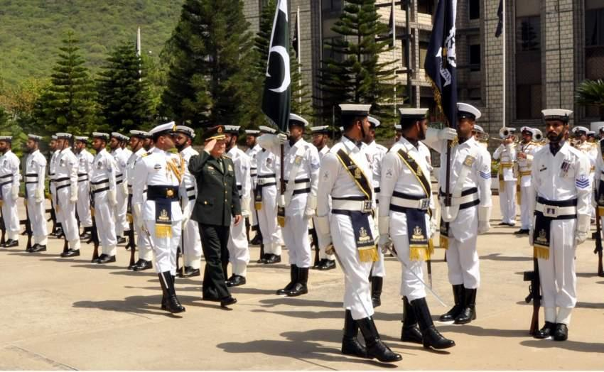 Vice Chairman of Chinese Military Commission, General Zhang Youxia reviewing Guard of Honour at Naval Headquarters Islamabad