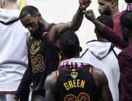LeBron James reveals he played three games with broken hand