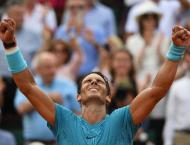 Catch us if you can: Nadal keeps old guard in control