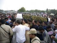 Thousands throng funeral of slain Indian Kashmir editor