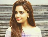 Armeena Khan drags Sh Rasheed for obscene remarks