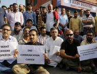 Kashmiri Journalists protest target killing of Shujaat Bukhari in ..