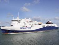 Brexit leaves ferry to Ireland in uncertain waters