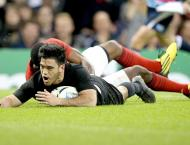 New Zealand lead France 21-14 at half-time