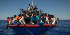 Over 400 migrants saved off Spain: rescue service