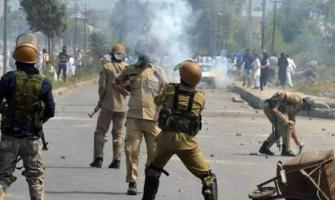 Indian troops martyr three more youth in Tral