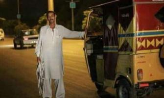 Rickshaw driver provides free rides on Eid, picture goes viral
