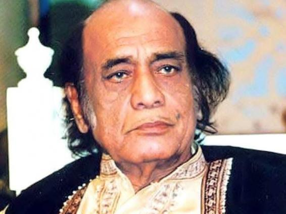 Mayor offers fateha at grave of legendary singer Mehdi Hassan