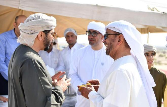 Hamdan bin Zayed congratulates leaders on Eid al-Fitr