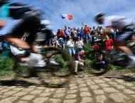 Feared cobbles put Tour on 'Super-Sunday' map