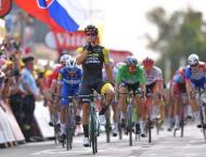 Groenewegen wins stage 8, Greipel and Gaviria disqualified