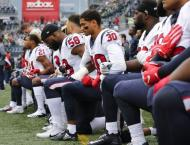 Trump tweets NFL anthem protesters shouldn't be paid