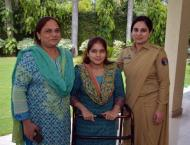Army Chief gives job to handicapped girl who came to cast vote in ..