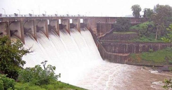 Water inflow in rivers surges to 403,900 cusecs
