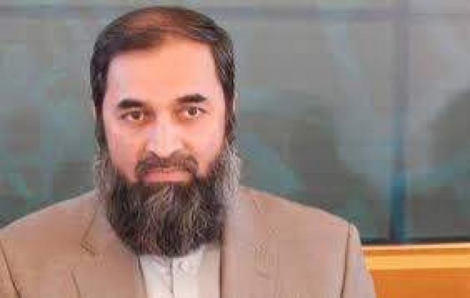 Engineer Baligh-ur-Rehman cast his vote in Bahawalpur