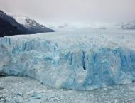 """Aggressive"" climate change eroding Andean glaciers, says expert