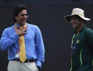 Cricket legends attend Imran Khan's oath-taking ceremony