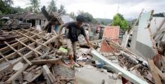 Latest Quake Claims 10 Lives On Indonesia's Lombok Island