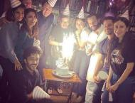 Kareena Kapoor celebrates birthday with a bang!