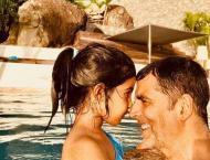 Akshay Kumar pens down an emotional birthday wish for baby girl