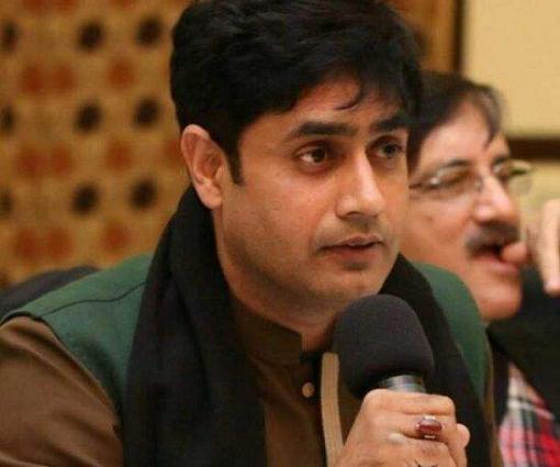 Abrar ul Haq visits Punjab Safe Cities Authority