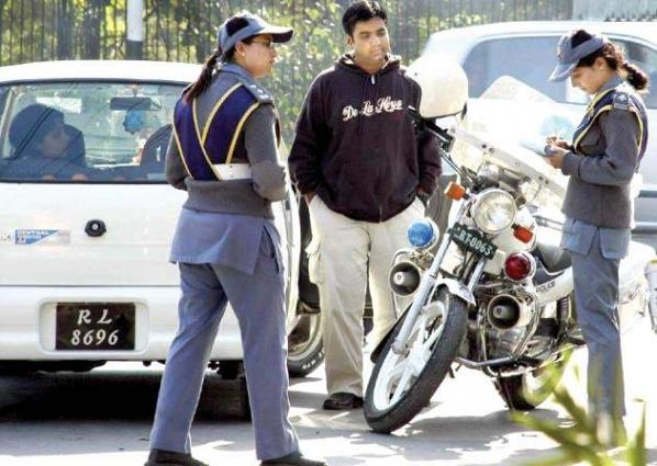 City Traffic Police issues challan tickets worth Rs 28.7 mln in Faisalabad