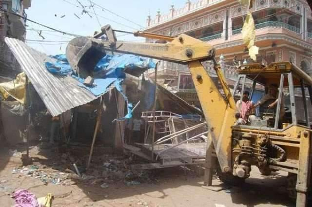 Capital Development Authority conducts encroachment operation at Faizabad