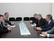 Russia Offers US to Make Written Commitments on Mutual Non-Interf ..