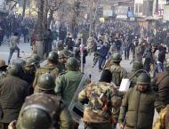 Indian troops, police thrash journalists in Srinagar