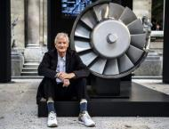 Brexit backer Dyson to make electric cars in Singapore