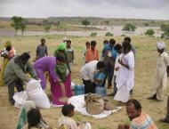 Free wheat distributed among 5427 families in Achhro Thar area