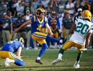 Rams stop Packers to remain unbeaten, Mahomes powers Chiefs
