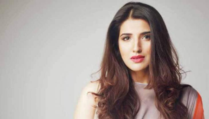 Hareem Farooq corrects Fawad Chaudhry for 'Parchi' being first film to be screened in Saudi Arabia