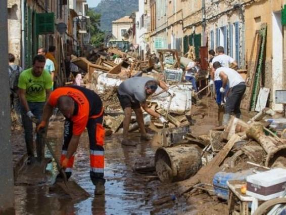 Death toll rises to 12 in Majorca floods