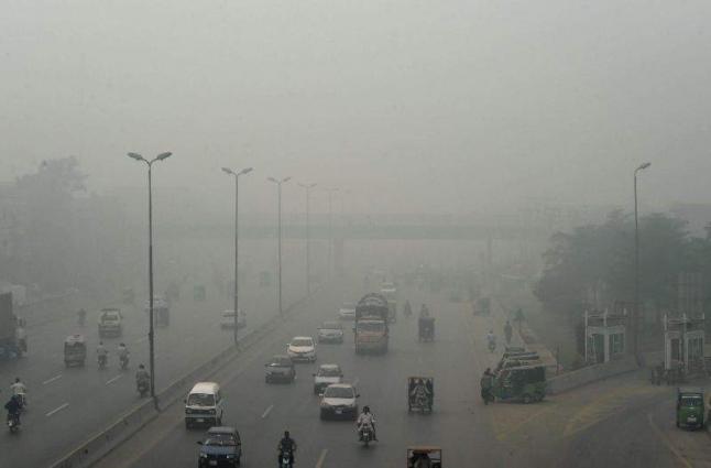 Smog; brick-Kilns closed, air monitoring stations working
