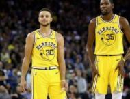 Curry and Durant fuel Warriors' seventh consecutive win