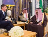 Saudi king meets UK foreign secretary in Riyadh