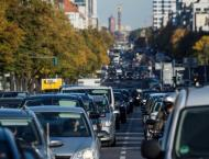 Germany tweaks law to limit diesel car bans