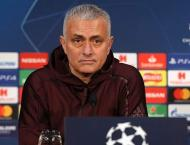Mourinho tells players: 'stay home' if you can't handle Old Traff ..