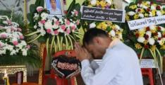 Thais mourn child boxer as funeral held