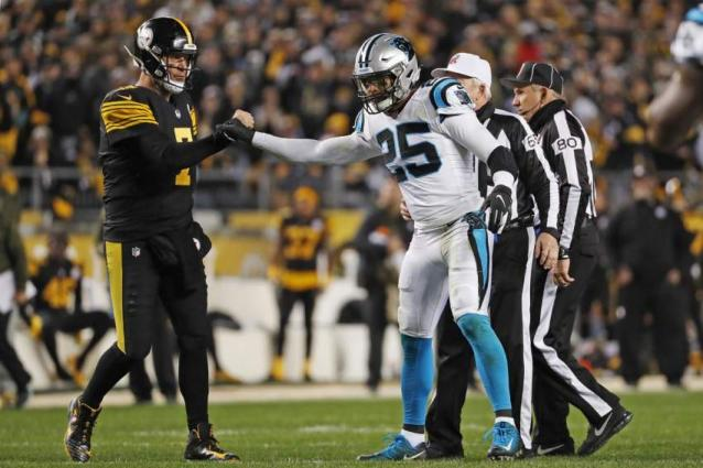 Roethlisberger throws 5 TDs as Steelers rout Panthers