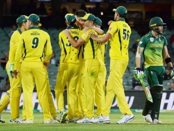 Cricket: Australia beat South Africa to snap losing streak