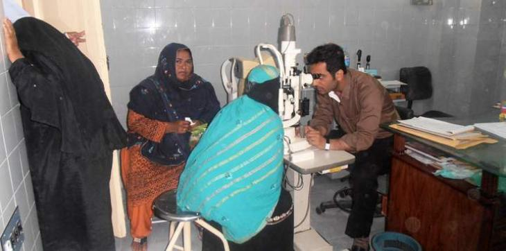 oversees pakistanis foundation organized 3 day free eye medical camp